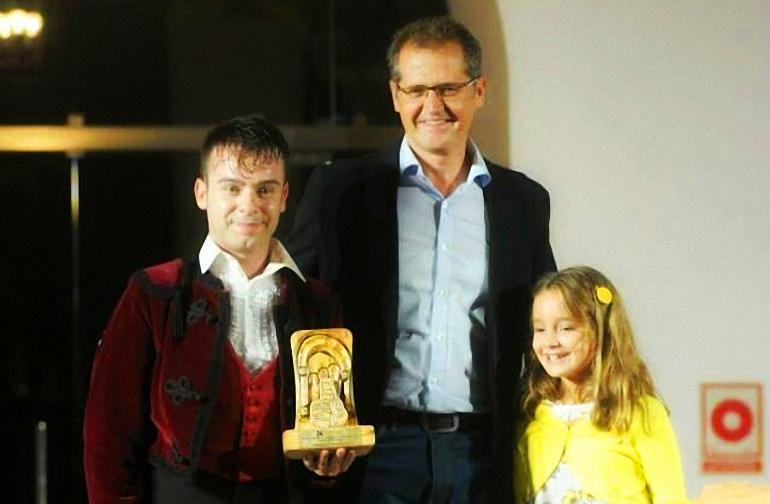 Pozuelo de Calatrava José Carlos Ledesma recibió este fin de semana el premio Mario Maya del Certamen de Jóvenes Flamencos de la Diputación de Córdoba