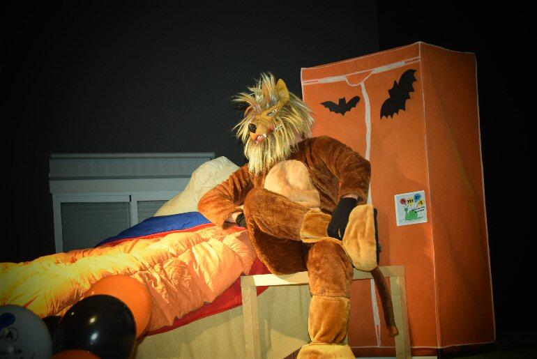 Pozuelo de Calatrava Terroríficamente Divertida la Fiesta de Halloween que organizó el AMPA Ricardo Rivas 01