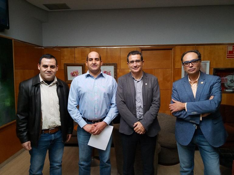 Firma de Convenio de Colaboración Ayuntamiento Pozuelo de Cva y APROFEM