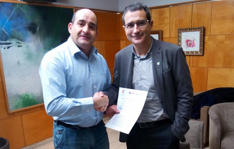 Pozuelo de Calatrava Ayuntamiento y Aprofem firman un convenio para dar respuesta a las necesidades de los jóvenes emprendedores