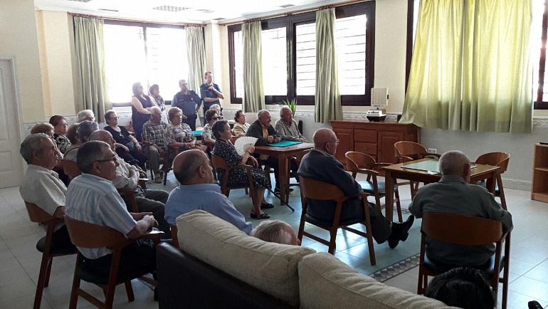 Charla de seguridad a nuestros mayores en Pozuelo de Calatrava