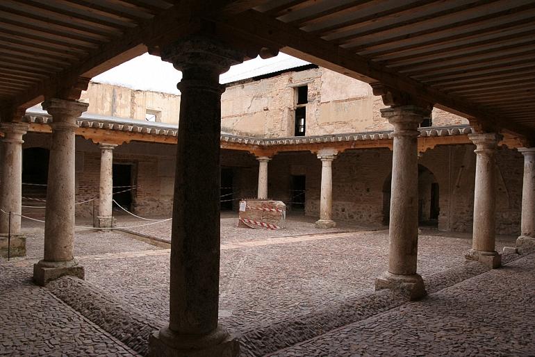 Aldea del Rey El Palacio de Clavería será el escenario para la poesía en la tarde del sábado