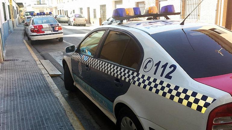 Miguelturra Detenido por agredir a mordiscos, patadas y cabezazos a una pareja de la Policía Local