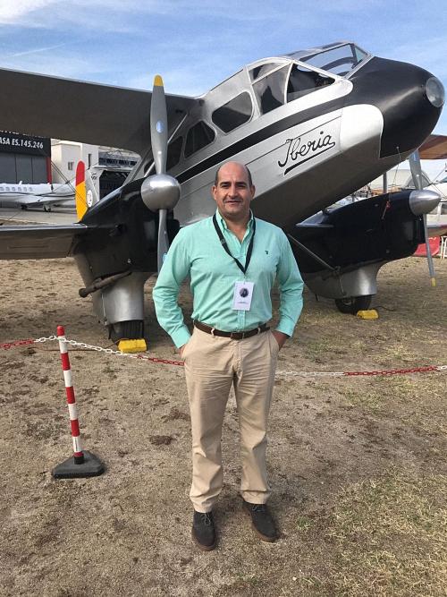 Julian Triguero en el Aeropuerto de Cuatro Caminos