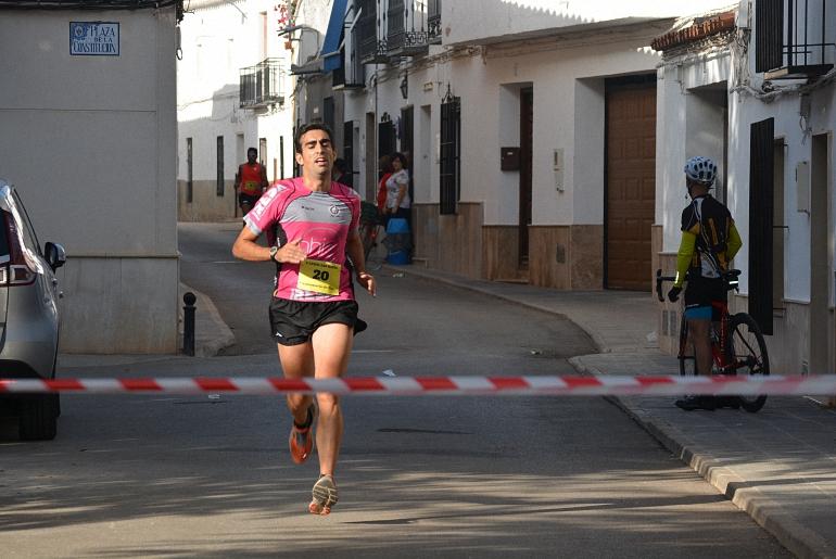 Valenzuela de Calatrava Más de 40 corredores tomaron la salida del V Cross Popular San Isidro
