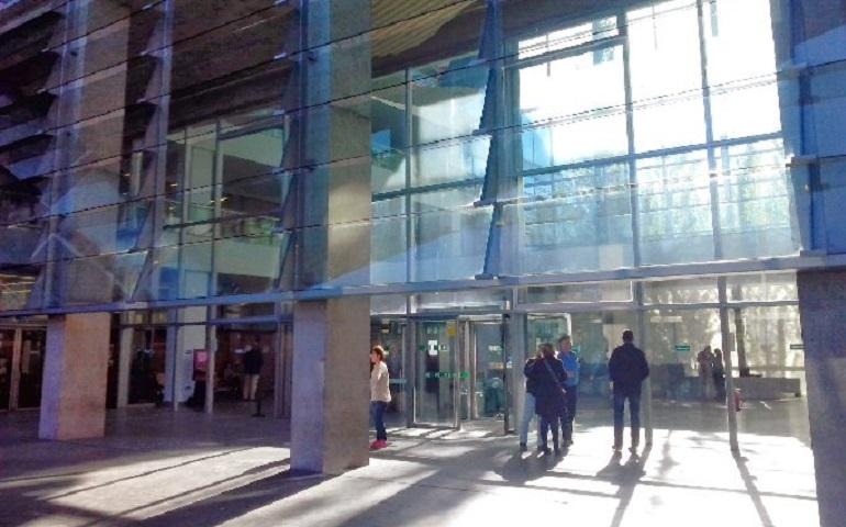 Ciudad Real Lá rápida intervención de la Policía Nacional salva la vida de un detenido en los calabozos de los Juzgados