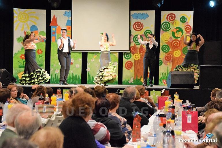 Pozuelo de Calatrava celebró la tradicional Merienda de Reyes en honor a sus mayores