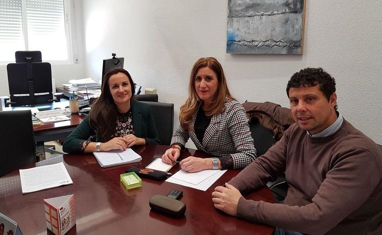 Torralba de Calaltrava La Junta resolverá el recorte de personal y servicios sociales con la contratación de un nuevo profesional