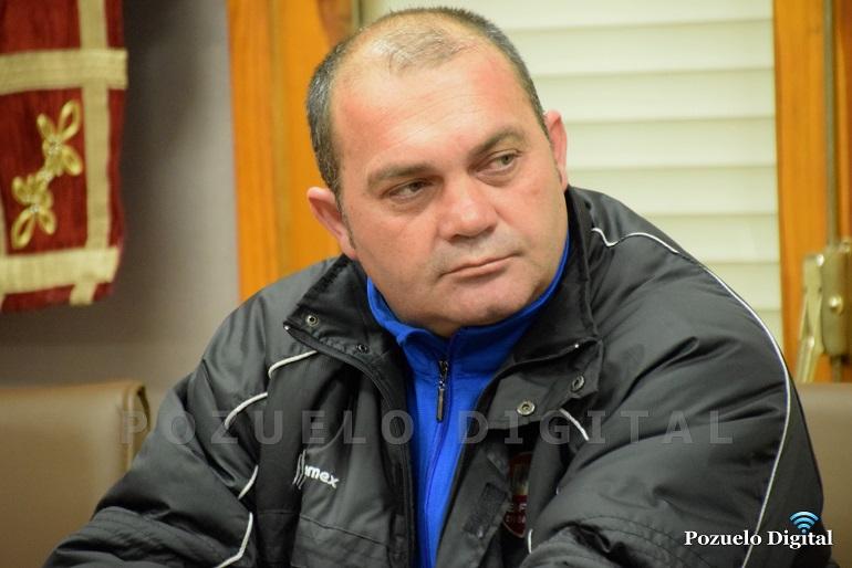 Presentación nuevo entrenador Pozuelo CF003