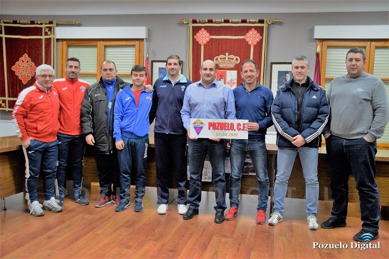 Presentación nuevo entrenador Pozuelo CF012