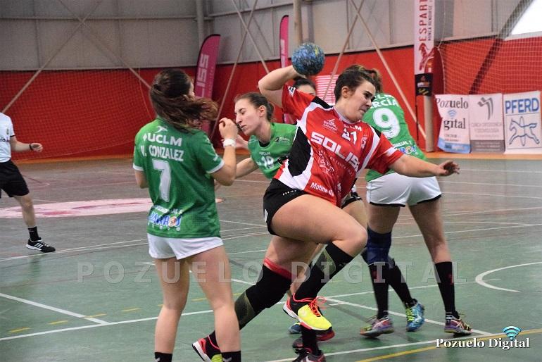 El derby regional entre el Soliss BM Pozuelo y el BM Bolaños cae del lado de las bolañegas