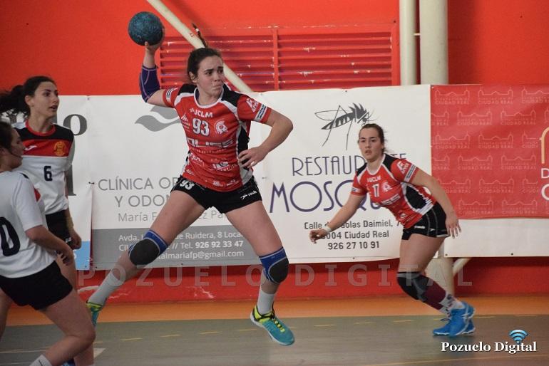 El Soliss BM Pozuelo Juvenil Femenino debuta en el Sector con una victoria frente al BM Calamonte