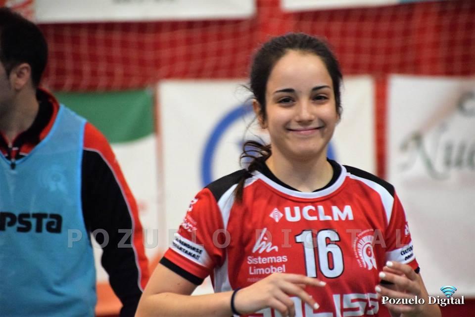 Elena Díaz renueva su quinta temporada de lateral del Soliss BM Pozuelo