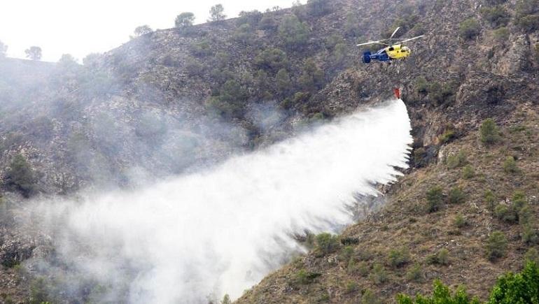 Moral de Calatrava Controlado el incendio declarado en la tarde de ayer en el que han participado más de 50 medios y 210 personas