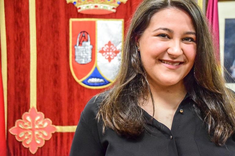 Sara Cuchillero Real