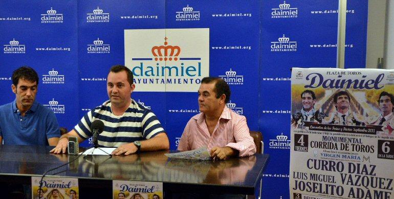 Daimiel-Curro-Díaz-el-daimieleño-Luis-Miguel-Vázquez-y-el-mexicano-Joselito-Adame-conforman-la-terna-para-esta-feria
