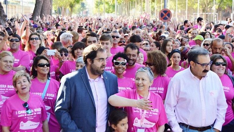 Ciudad Real Una marea rosa de más de 2.000 personas inunda las calles de la capital