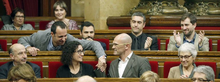 El Parlamento Catalán aprueba iniciar el proceso de ruptura con España e insubordinarse a la leyes del Estado