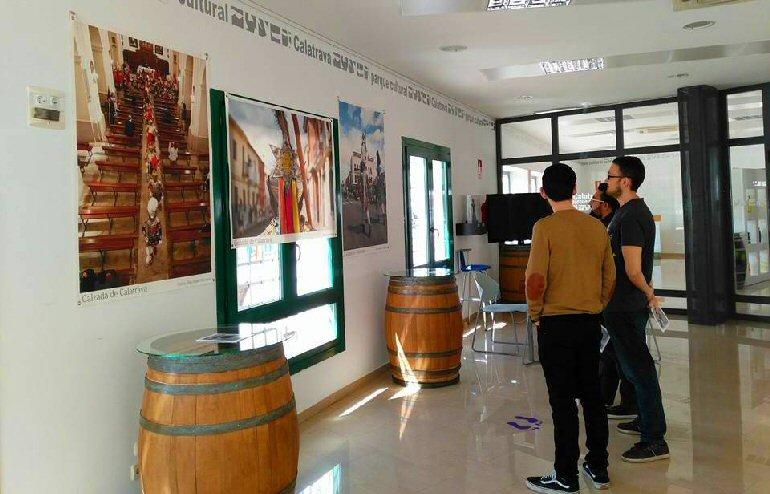 """Almagro Los Armaos de la Ruta de la Pasión Calatrava en la exposición fotográfica  """"7 pueblos, dos miradas"""""""
