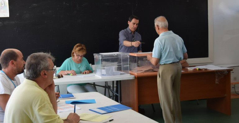 El Campo de Calatrava mantiene la misma línea del bipartidismo, con una subida del PP y un descendo claro del PSOE