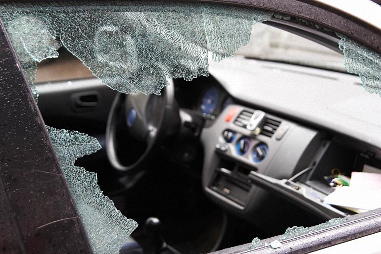 detenido-por-la-policia-nacional-por-romper-las-lunas-de-los-vehiculos-para-robar-en-su-interior