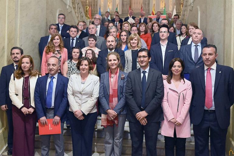 La Infanta Elena y la Diputación Provincial presentan el Programa Social de Empleo de la Fundación MAPFRE