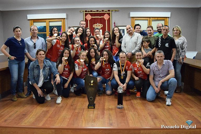 Recibimiento BM Pozuelo Campeonas de España097