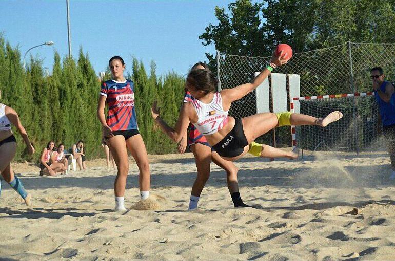 Las Playas del Vicario acogerá el Ciudad Real Arena 500 de balonmano playa