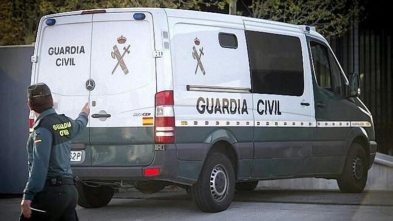 Cuatro vecinos de Bolaños son detenidos por la Guardia Civil por estafas a través de internet