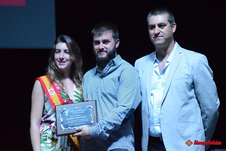 El BM Almagro Donoso Pozuelo se lleva una mención especial en la XVIII Gala del Deporte Ciudad de Almagro