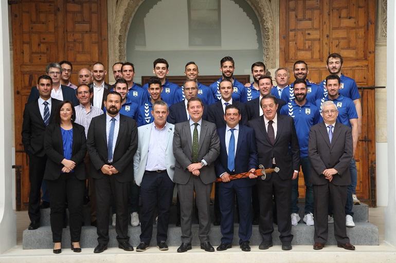 Page felicita al FS Valdepeñas por su ascenso a primera división