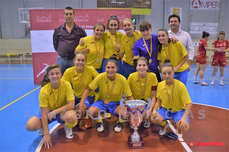 El Salesianos de Puertollano se lleva el Trofeo Diputación de Ciudad Real de Fútbol Sala Femenino