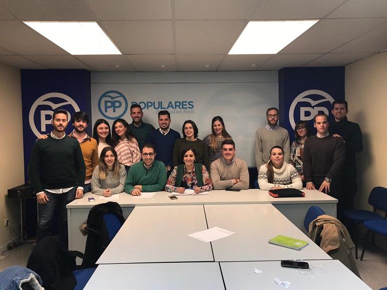 NNGG de Ciudad Real recogieron recoge 9,4 toneladas de alimentos en la campaña Populares Solidarios