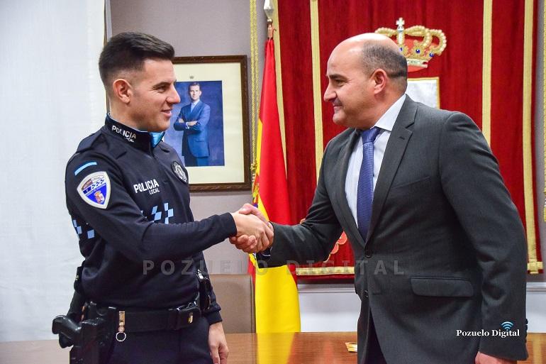 Presentación del nuevo agente de la Policía Local de Pozuelo de Calatrava