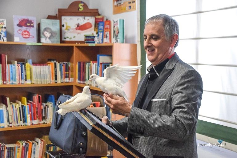 Pozuelo de Calatrava La magia de Fred Norman cautivó a los niños pozueleños en la Semana del Libro