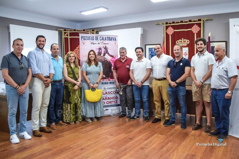 """Pozuelo de Calatrava presentó el cartel del """"Festival Taurino Mixto"""" que se celebrará con motivo de las Feria y Fiestas 2019 en honor a la Virgen del Carmen"""