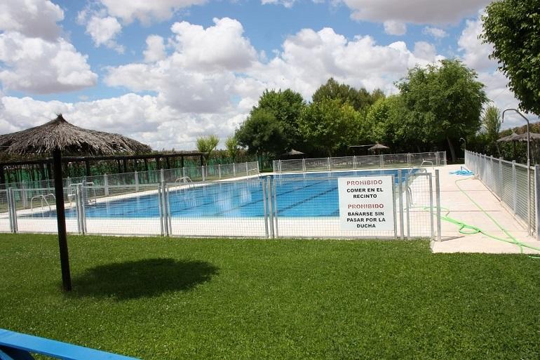 Torralba de Calatrava El PSOE lamenta que el equipo de gobierno haya ocultado a la población la presencia de heces en la piscina municipal
