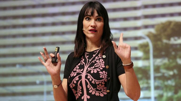 Almagro Irene Villa ofrecerá una lección de vida en el Foro de Mujeres Cooperativistas