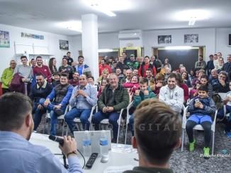 Gran expectación de futuros socios ante la inauguración de la Peña Madridista de Pozuelo de Calatrava