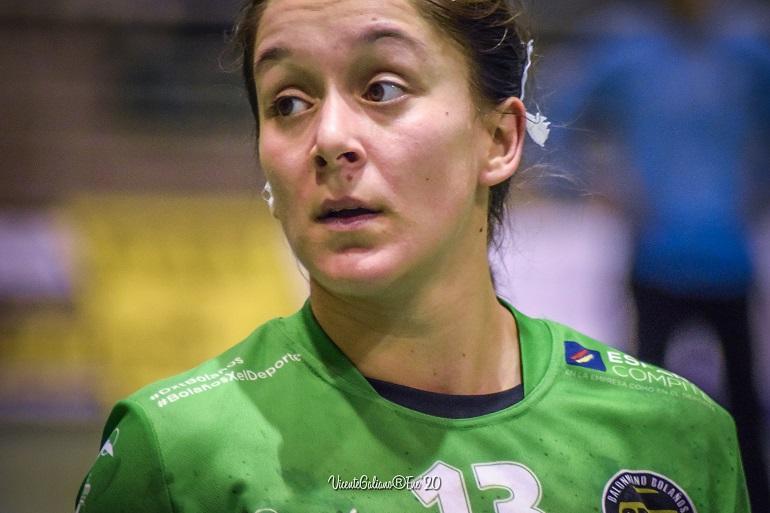 El BM Bolaños aguntó durante treinta minutos la embestida del Granollers en el partido de ida de la segunda ronda de la Copa de la Reina
